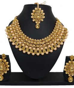 Crafinart Golden Non Precious Metal Traditional Kundan Choker Necklace Jewellery Set with Earrings and Mang-Tika for Women model